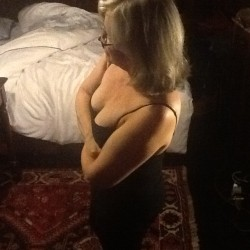 Seattle-North WA Swingers Hotwife Cuckold Crossdressers Icepick