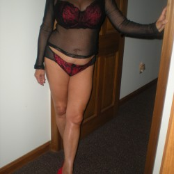 Indianapolis Swingers Hotwife Cuckold Crossdressers OllieLyn