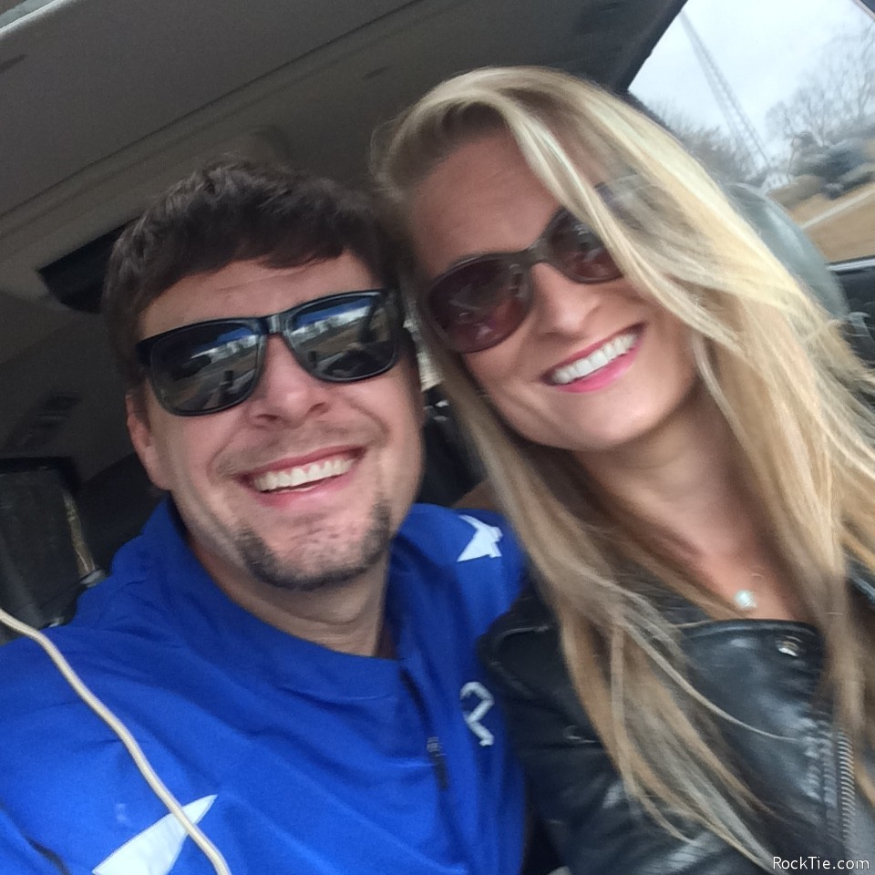 Couples looking for fun