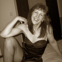 Tacoma-Olympia Swingers Hotwife Cuckold Crossdressers littlewrench18