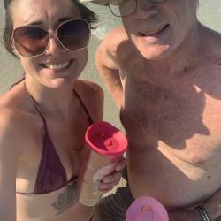 Swingers Hotwife Cuckold Fuck My Wife Milwaukee Wisconsin