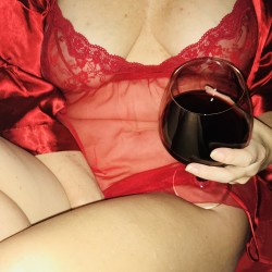 Virginia Beach & Coastal Swingers Hotwife Cuckold Crossdressers Wrkhrdplayhrd
